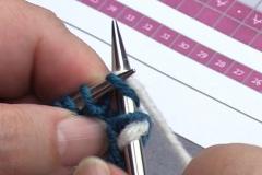 04 Row 2a 04 knit next 7 stitches