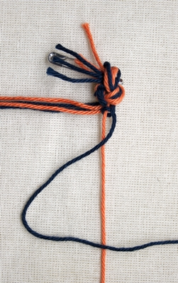 (Double) right knot - step 4