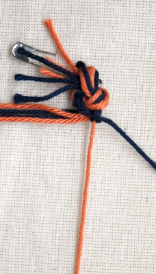 (Double) right knot - step 6