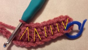 2 times double crochet 2 together